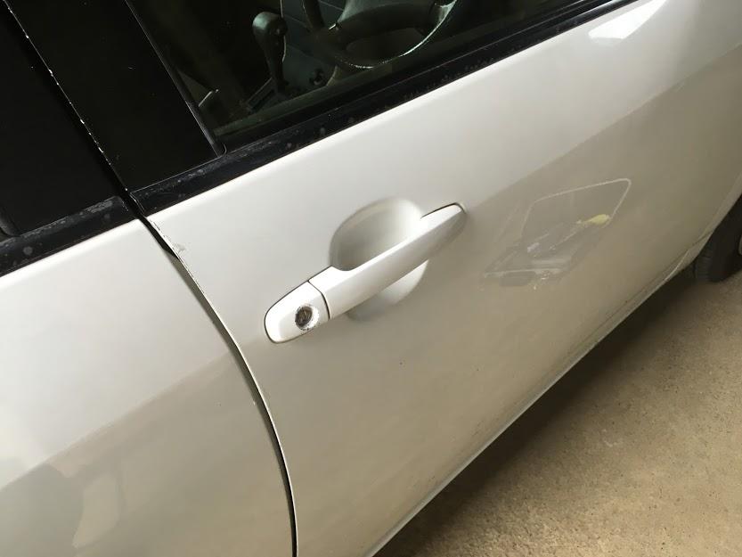 鍵穴の中で鍵が折れた